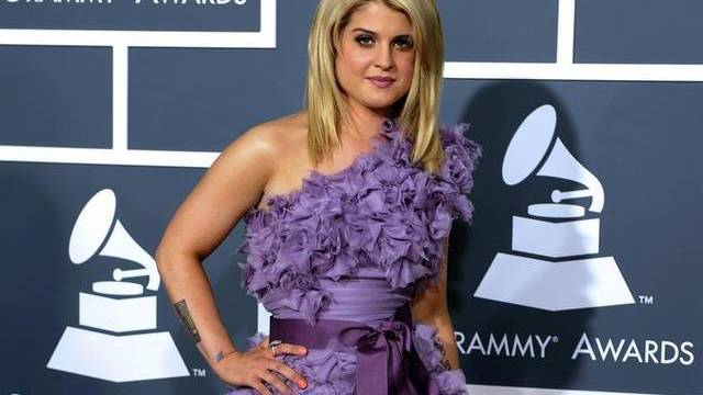 Ozzy Osbournes Tochter Kelly steht mittlerweile im Showbusiness auf eigenen Füssen