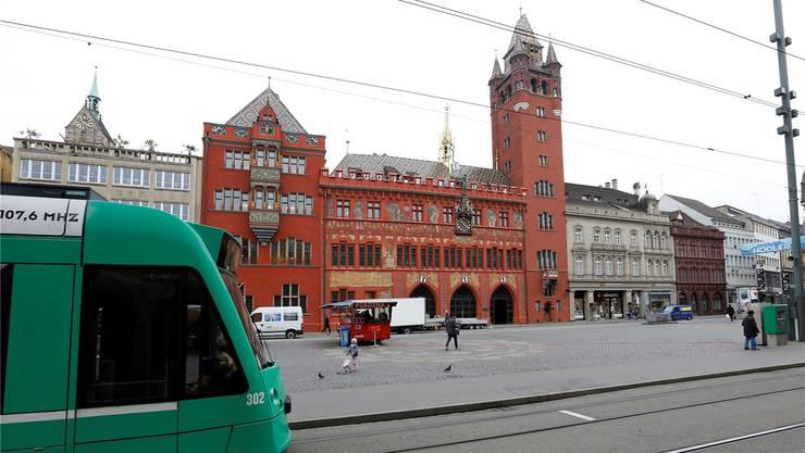 Auf dem Marktplatz werden im Juli keine Trams verkehren. (Archiv)