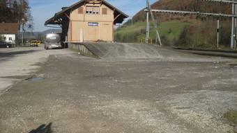 Beim Geisterbahnhof Effingen entsteht vielleicht eine Oberflächenanlage