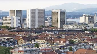 Der Hauseigentümerverband (HEV) begrüsst den tieferen Referenzzinssatz für selbstgenutztes Wohneigentum in Basel-Stadt.