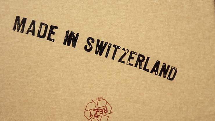 """Produkte """"made in Switzerland"""" waren im Januar erneut weniger gefragt. (Symbolbild)"""