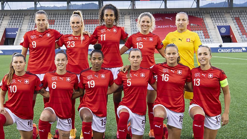 Das Schweizer Nationalteam strebt die direkte Qualifikation für die EM-Endrunde 2022 in England an.