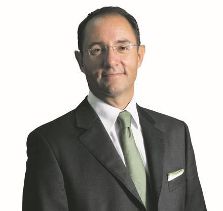 Seit 2012 steht Thomas Stirnimann (55) der Hotelplan Group vor mit den Ländergesellschaften Hotelplan Suisse, bta first travel, Hotelplan UK, bedfinder und Holiday Home Division. Davor war er Leiter des Schweizer Geschäfts. Seine Karriere lancierte Stirnimann allerdings beim Konkurrenten Kuoni, wo er als Reiseberater in der Filiale des Zürcher Glattzentrums begann. 2015/16 erzielte die zur Migros gehörende Hotelplan Group, einen Umsatz von 1,4 Mrd. Franken.
