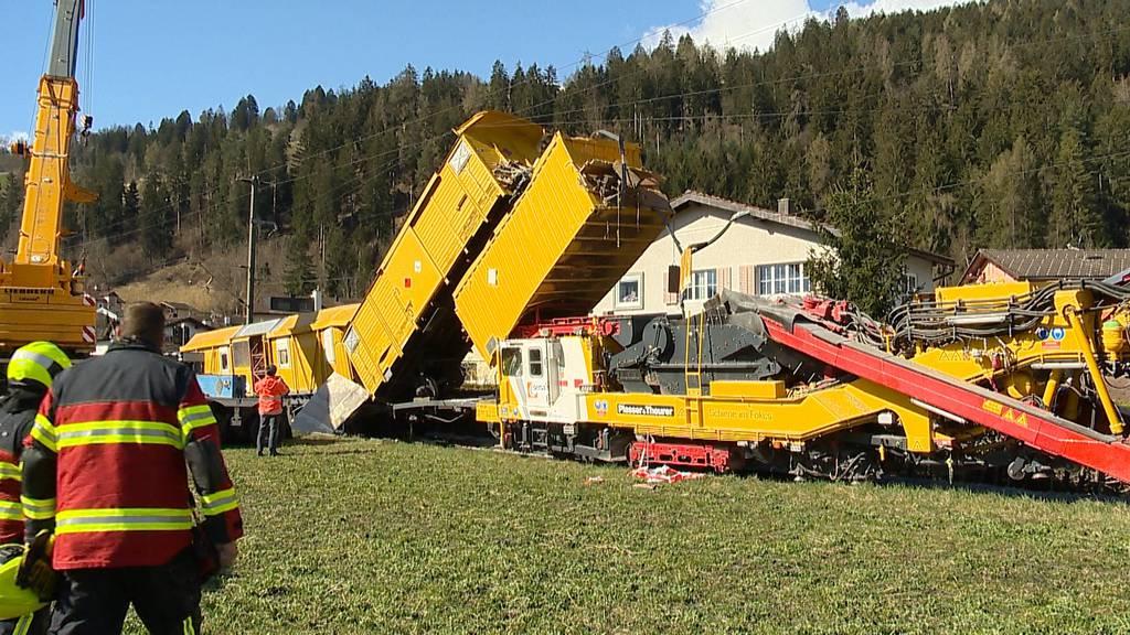 Bahnunfall in Cazis (GR): Bauzug fährt auf Bauzug auf - ein Leichtverletzter