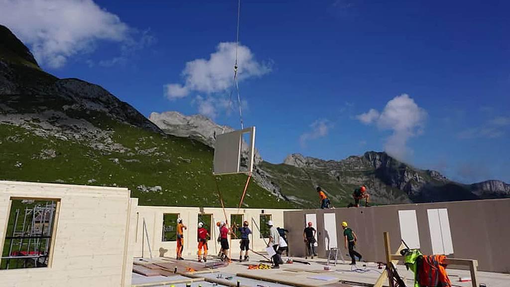 Kurznachrichten: Neubau Meglisalp, Brand wegen Pfanne