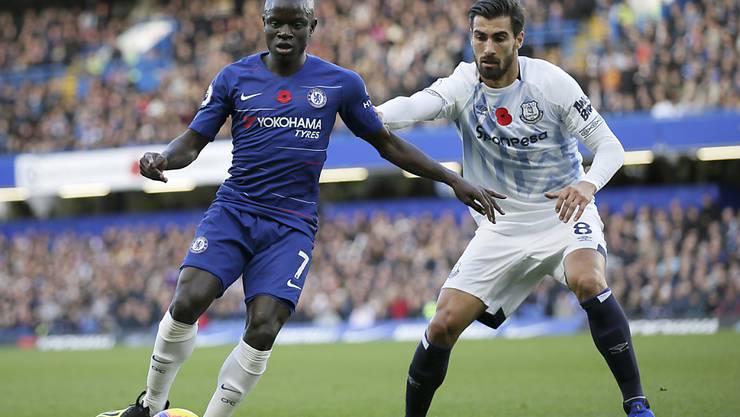 N'Golo Kanté (links) spielt seit Sommer 2016 für Chelsea