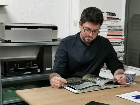 Dominic Nahr für das Buch «Ich lebe» Menschen aus elf verschiedenen Konflikten und Kriegen portraitiert.