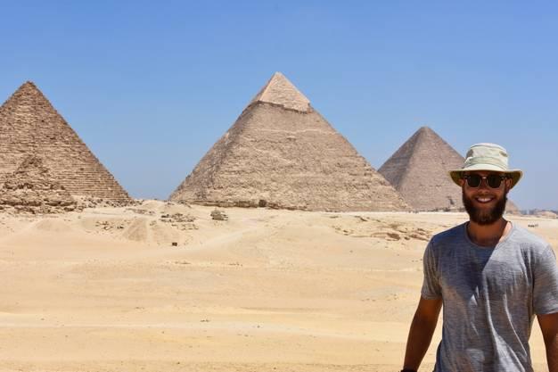 Lukas Steiner erkundet auch die ägyptischen Pyramiden.