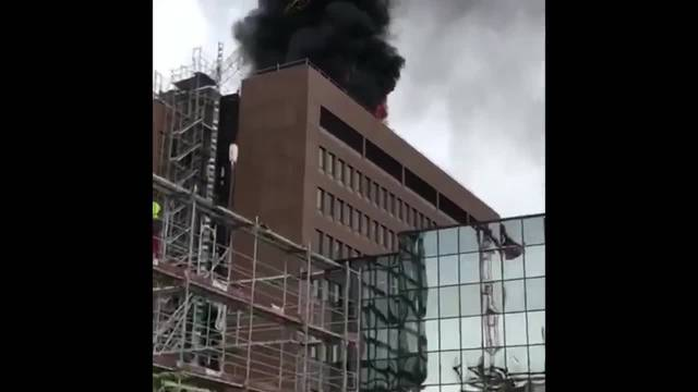 Brand beim Basler Baloise Gebäudea