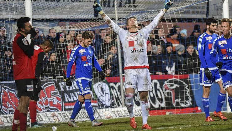 Er hat guten Grund zum Jubeln: Wohlen-Goalie Tahiraj Flamur hielt jeglichen Schüssen des FCA stand.