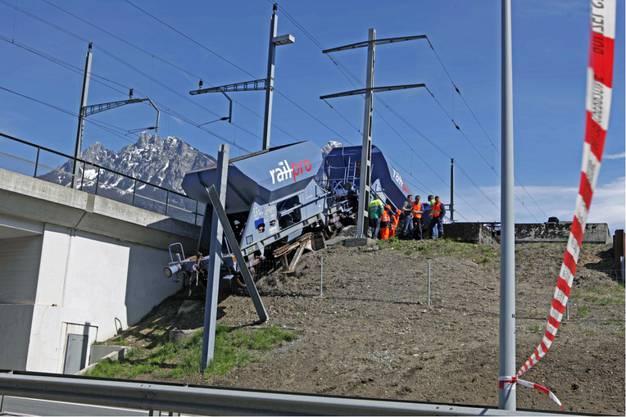 Spektakulärer Bahnunfall