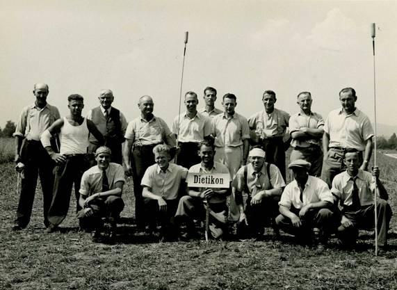 Eidgenössisches Hornussen-Fest in Utzenstorf, 1950