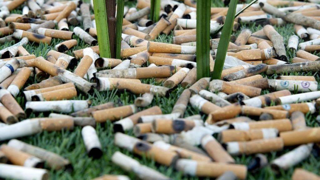 """Zigarettenrauch schadet noch Jahre, nachdem er sich verzogen hat. Die Gefahren des """"third hand smoke"""" stehen erst seit kurzem im Fokus der Forschung. (Symbolbild)"""