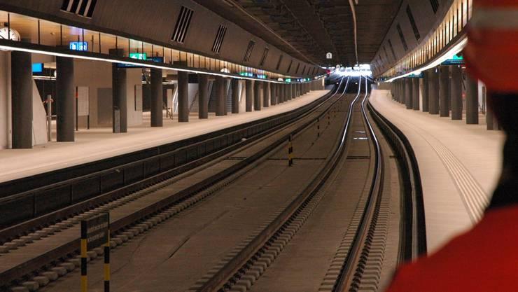 Die Sitzbänke fehlen noch: Einblick in den neuen Bahnhof Löwenstrasse unter dem Hauptbahnhof Zürich.mts