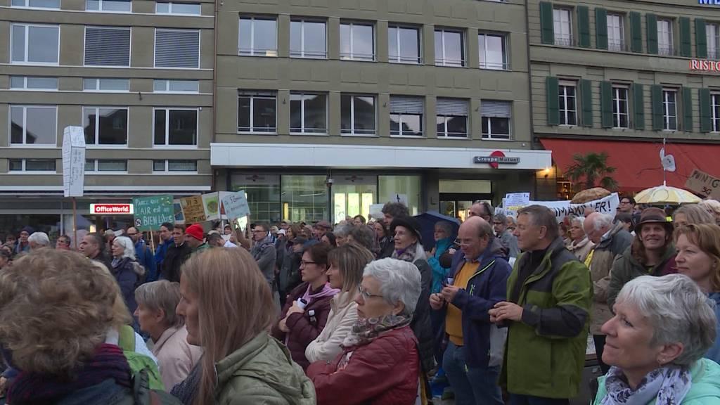 Protest in Bern gegen 5G-Technologie