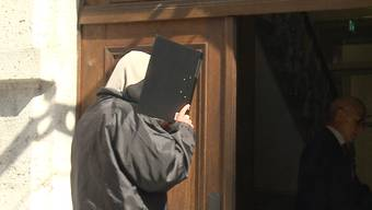 Das Solothurner Obergericht beschäftigte sich mit einem Fall eines Mannes, der online für die Schändung eines Kindes zahlte und dabei zusah.