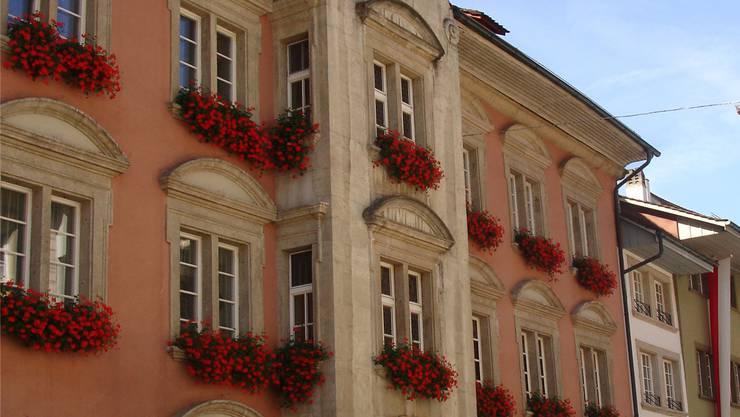 Wer schafft den Sprung ins Rathaus? In Lenzburg gibts sechs Anwärter.