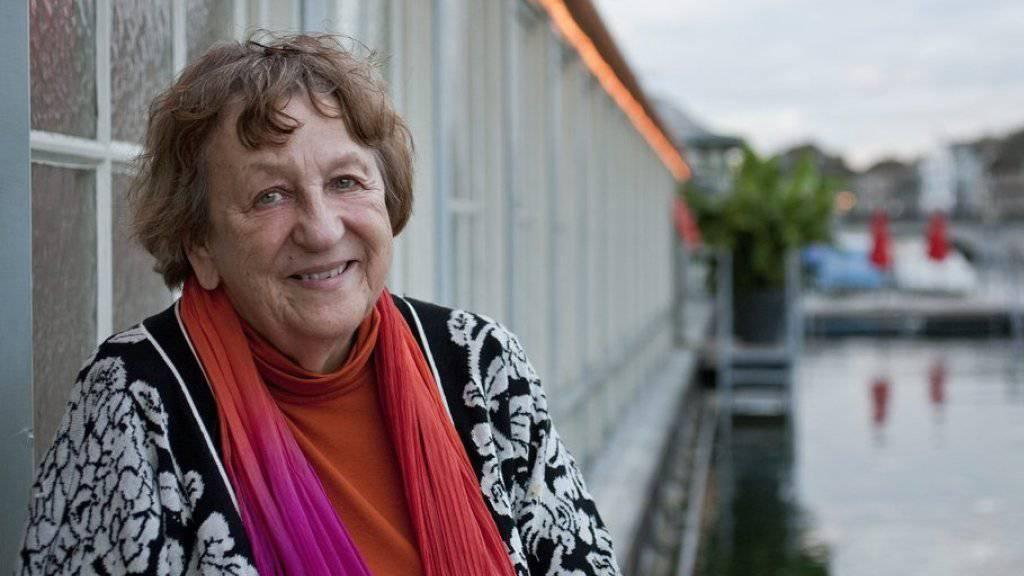 Im Hauptberuf ist sie Grossmutter, im Nebenberuf lässt sie Frauen morden: Die deutsche Autorin Ingrid Noll wird heute 80 (Archiv).
