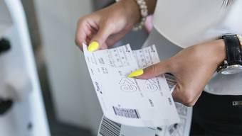 Kürzlich vermeldete die Präsidentin der Grünen, Regula Rytz, man prüfe eine Volksinitiative für die Einführung einer Flugticketabgabe.