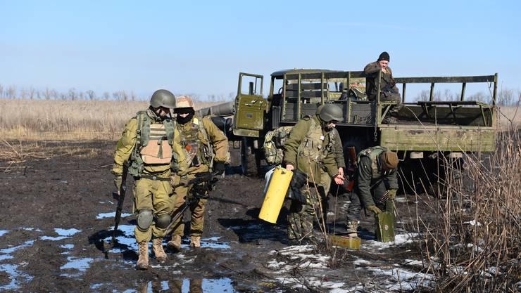 In der Umgebung des Donezker wird trotz Minsk II täglich gekämpft.