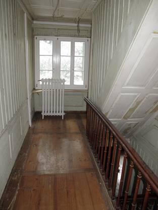 Im Treppenhaus.