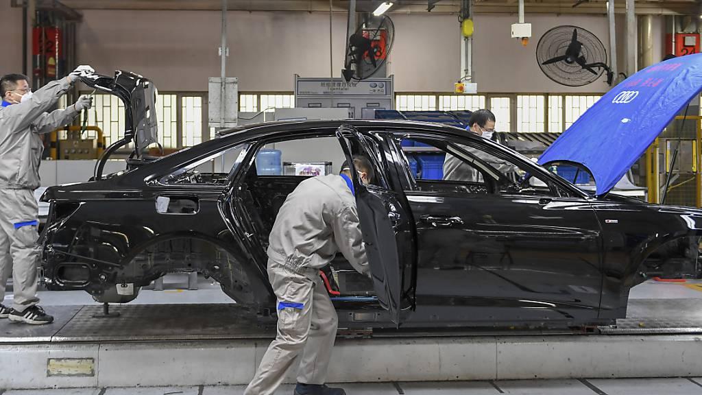 Audi erwartet Konsolidierung im Markt der Automobilhersteller und -zulieferer wegen Umstieg auf E-Autos (Archivbild).
