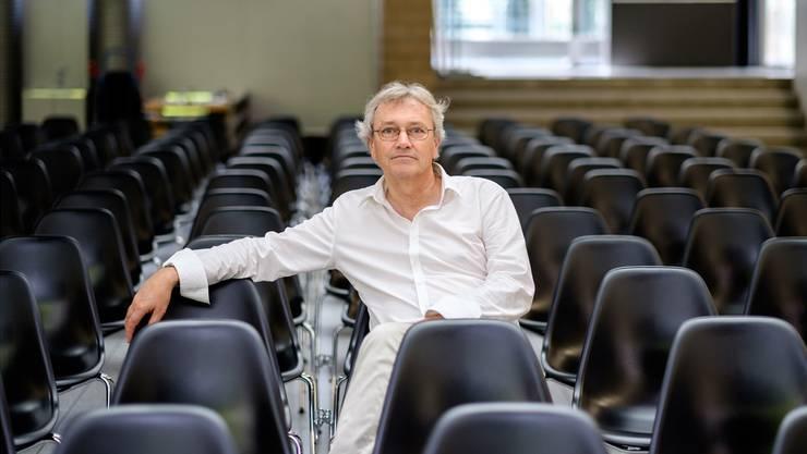 «Ich übergebe die Schule meinem Nachfolger in gutem Zustand», sagt der abtretende Rektor Hans Rudolf Stauffacher. «Nun freue ich mich auf mehr Lebensgestaltungs-Raum.»