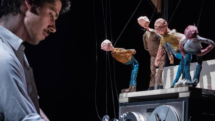 Das Figurentheater mit der Live-Performance «Laguna Beach». (zvg)