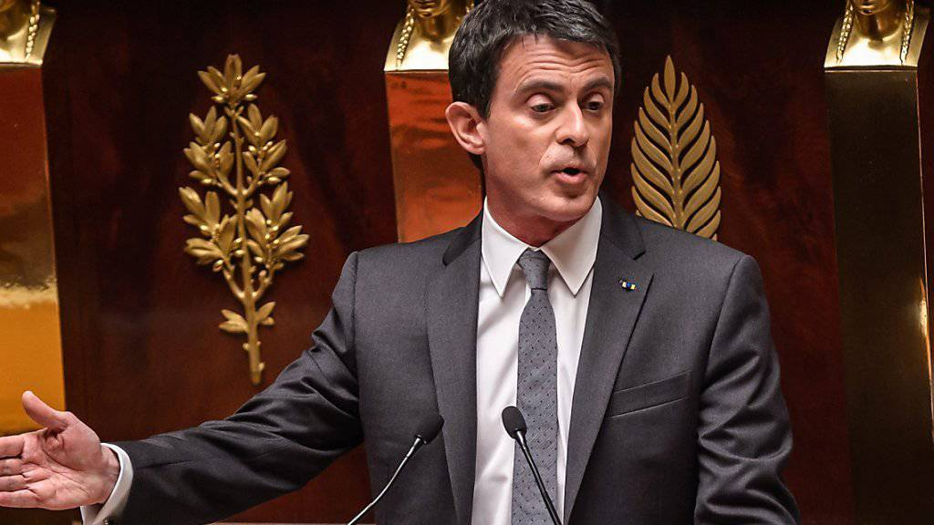 Frankreichs Premierminister Manuel Valls nutzte eine Sonderregelung, um die Abstimmung über die Arbeitsmarktreform in der Nationalversammlung zu umgehen. (Archiv)