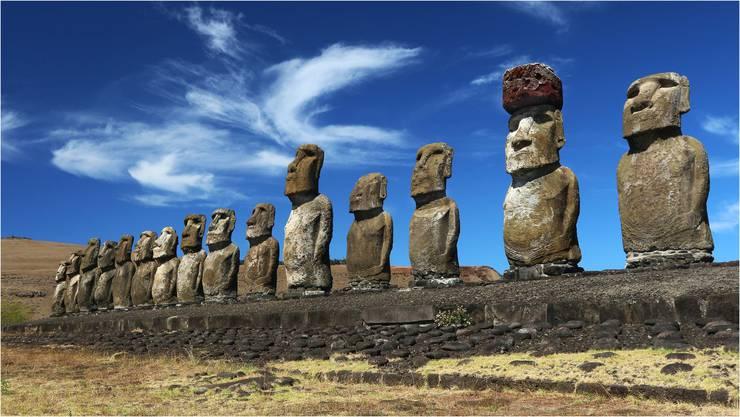 Auf der geheimnisvollen Osterinsel mitten im Pazifik entdeckten Romy Müller und Miro Slezak die weltbekannten Moai-Steinfiguren.