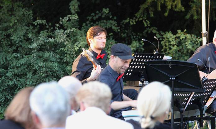 Impressionen des Parkkonzertes der ABB Big Band