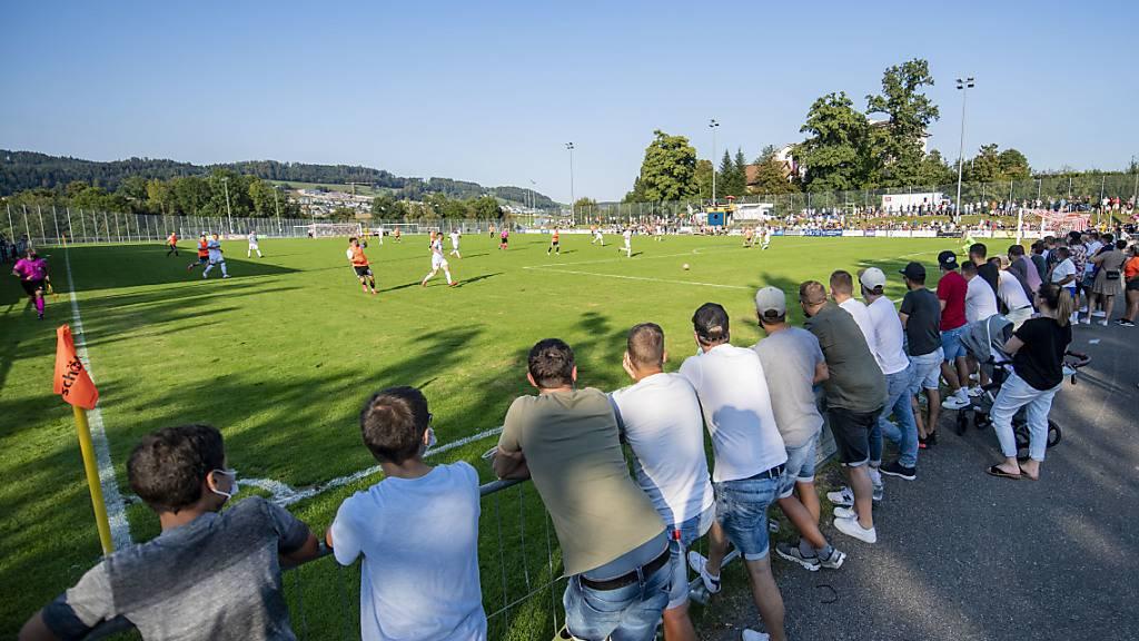 Sion müht sich gegen Luzerner Erstligisten ab