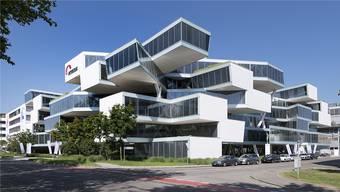 Der spektakuläre Bau von Actelion am Sitz in Allschwil BL gehört nun zum US-Konzern Johnson & Johnson. Gebaut wurde er von Herzog & de Meuron.