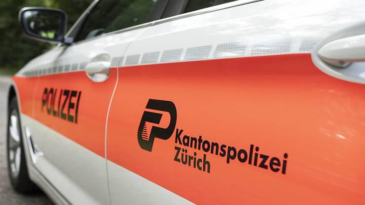 Die Kantonspolizei Zürich hat am Samstagmittag in Bonstetten einen mutmasslichen Dieb verhaftet. (Symbolbild)