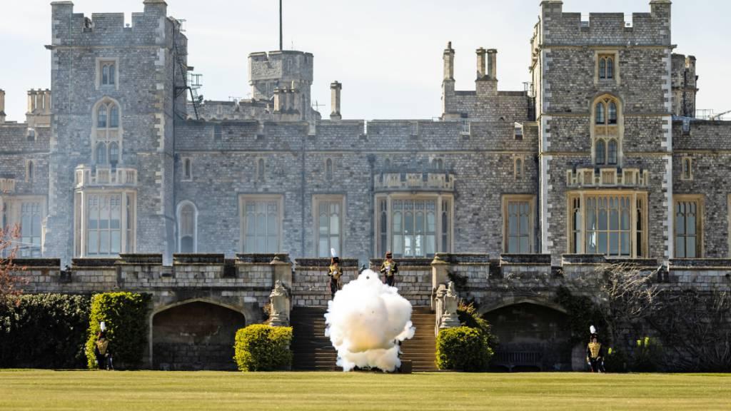 Vereint auf Distanz - Royals nehmen Abschied von Prinz Philip