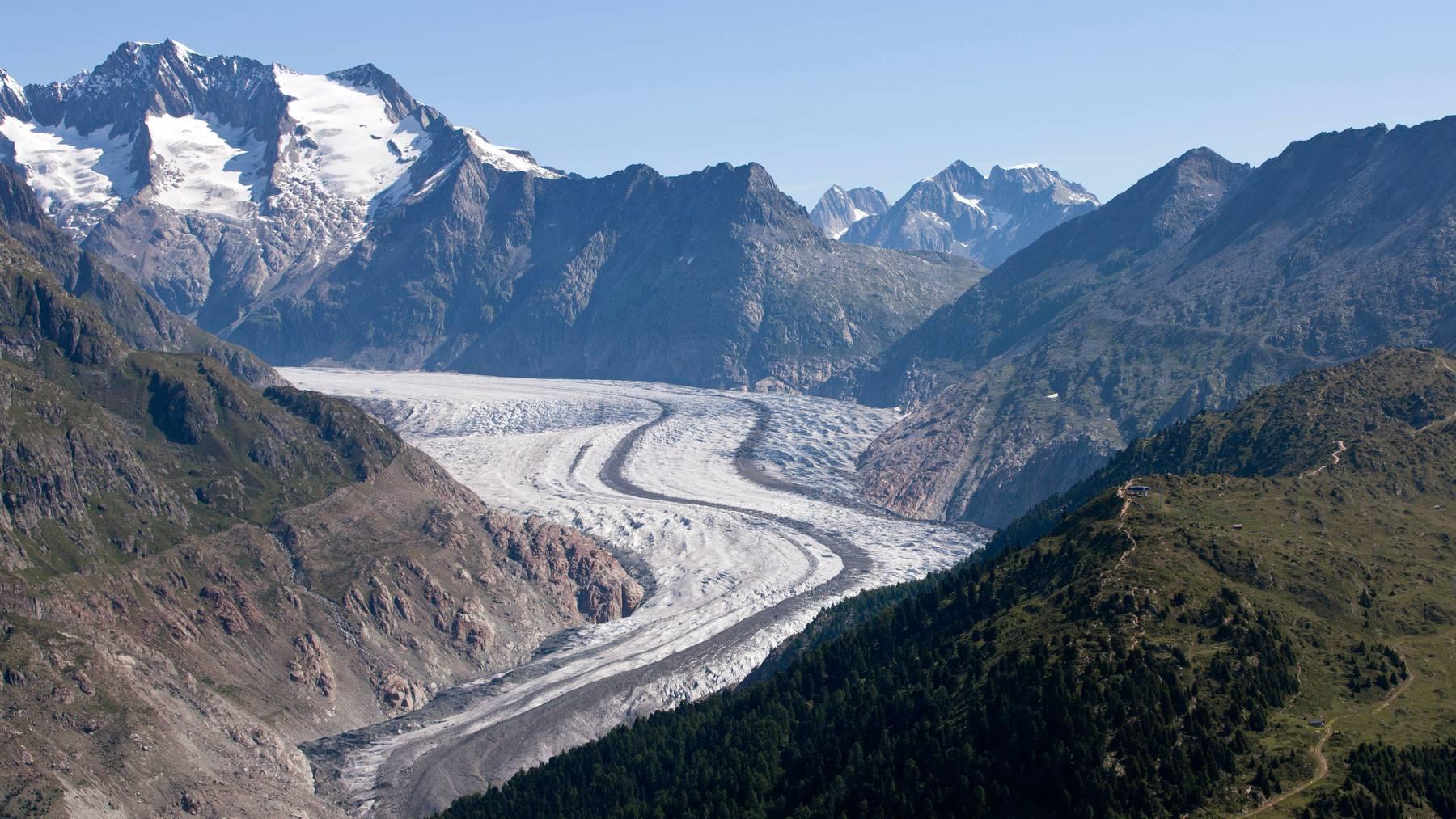 Der Bundesrat will den Urhebern der Gletscher-Initiative entgegenkommen. Anders als die Initianten lehnt er aber eine explizites Verbot fossiler Energieträger ab. (Symbolbild)