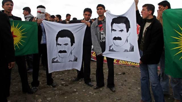 Öcalan - obwohl seit Jahren verhaftet - wird weiterhin als Kopf der Kurdenbewegung angesehen (Archiv)