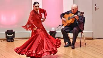 Julia Grecos und Gitarrist Juan Grecos garantierten das Erlebnis, «eine andere Art Flamenco zu sehen und zu fühlen».