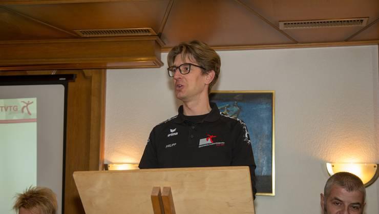 Philipp Schmid informiert über den beliebten Jugitag.
