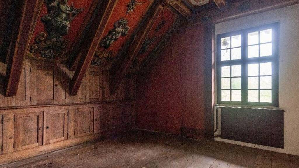 Blick in die Binzmühle: Der Erhalt der Dekorationen kostet mehr als ursprünglich gedacht.