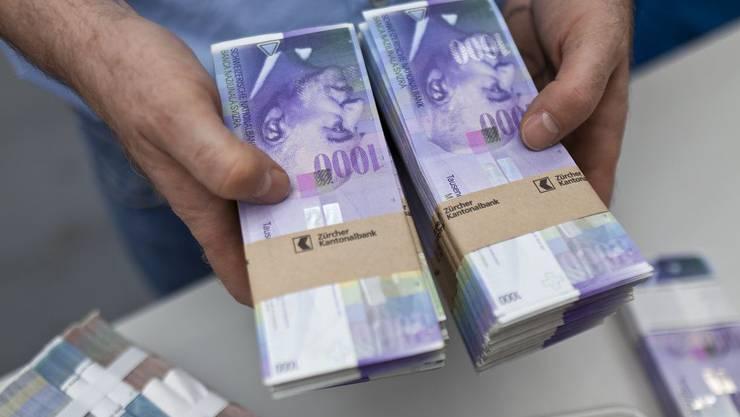 Der Bankräuber hatte es aufs grosse Geld abgesehen. Doch damit wurde es nichts. (Symbolbild)