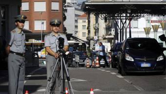 Die italienische Polizei fand dank einer Zollkontrolle Schwarzgeld.