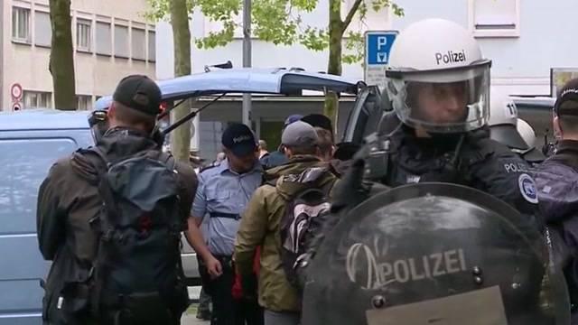 Zürich: ca. 10`000 maschieren beim Umzug mit