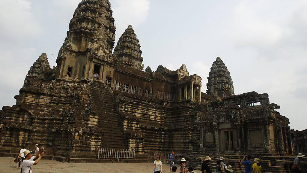 In der Nähe der Tempelanlage Angkor Wat in Kambodscha (Archivbild) haben Archäologen riesige mittelalterliche Siedlungsreste entdeckt.