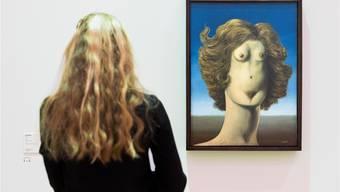 René Magrittes Bild «In Schändung» ist eines der surrealistischen Werke,auf die sich Paul Klee bezog. Peter Klaunzer/keystone