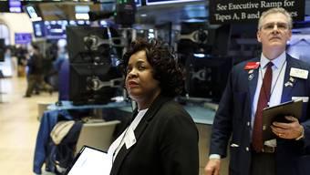 Die Aktienkurse an der New Yorker Wallstreet haben am Dienstag vor dem Hintergrund des Preiszerfalls beim Erdöl deutlich nachgegeben. (Archivbild)