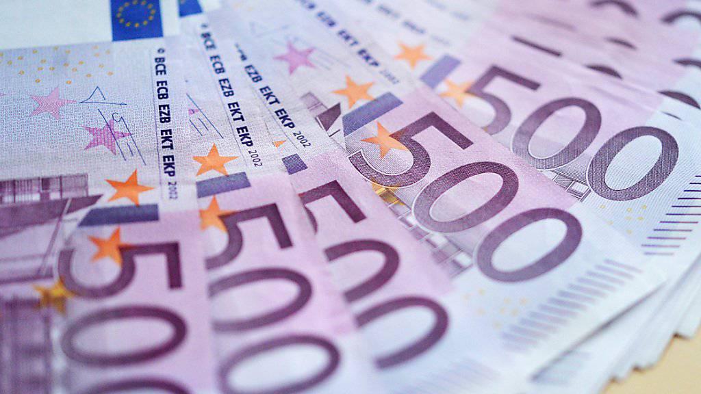 Der Euro legt zu, der Franken ist auf den tiefsten Wert seit Anfang 2015 gefallen. (Symbolbild)