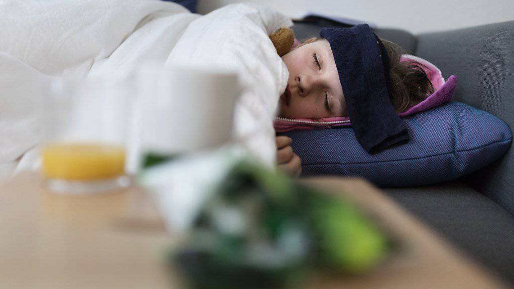 Noch ist es keine Epidemie, aber die Grippe breitet sich in der Schweiz in den meisten Regionen aus und zwingt viele Menschen ins Bett.