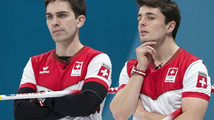 Für Peter De Cruz und Benoît Schwarz (rechts) ist guter Rat teuer