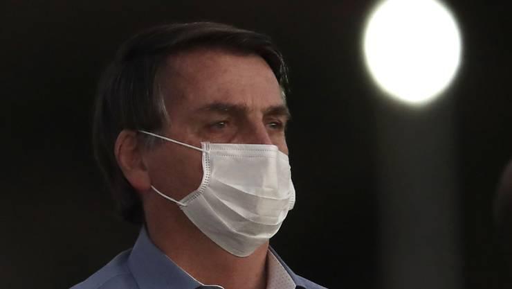 Der brasilianische Präsident Jair Bolsonaro hatte vor zwei Wochen bekanntgegeben, dass er sich mit dem Coronavirus infiziert habe.  (Bild vom 24. Juli)